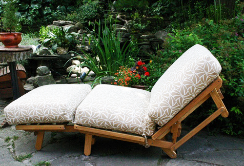 Freedom Chaise Outdoor Futon Frame White