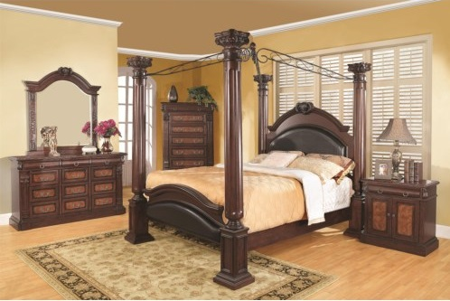 Wood, Metal, Or A Combination Of The Two Is Used In The Construction Of  Modern Canopy Beds.