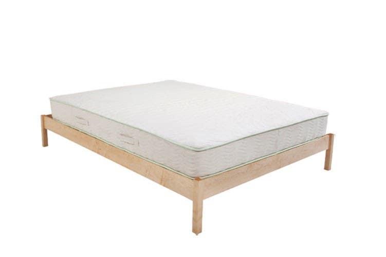 B Flat Natural Maple Platform Bed Set